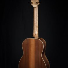 Terts-Gitaar-Walnut-Port-Orford-Red-Cedar-Arnaldo-Lopez-Headstock-Back-Flamed-Maple