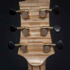 Terts-Gitaar-Arnaldo-Lopez-Headstock-Back-Flamed-Maple